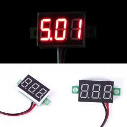 Skaitmeninis voltmetras 4,5 - 30V