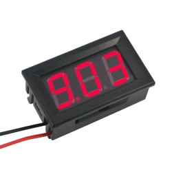 Skaitmeninis DC voltmetras 4,5-30V